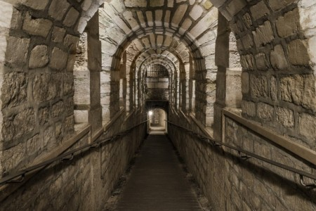 Les Catacombes de Paris : Location Atypique & Privatisation - Loc'Hall