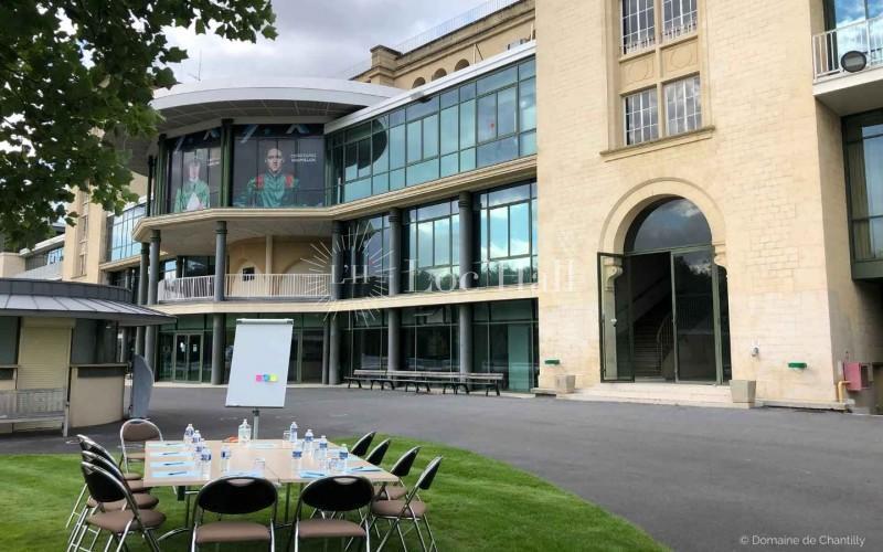 Privatisation de l'Hippodrome du domaine de Chantilly pour réunions