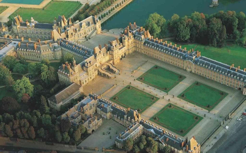 Château de Fontainebleau privatisation